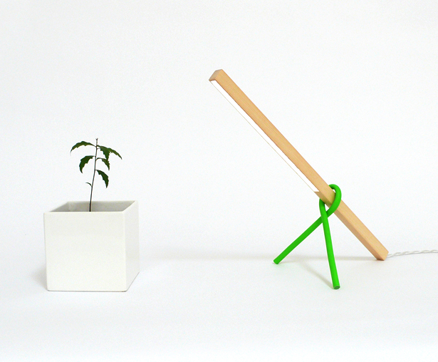 1×1 Desk Lamp by Victor Vetterlein
