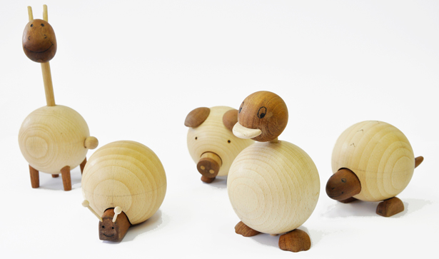 A Design Award 2012-2013 winners - Movable Wooden Animals Toy by Sha Yang