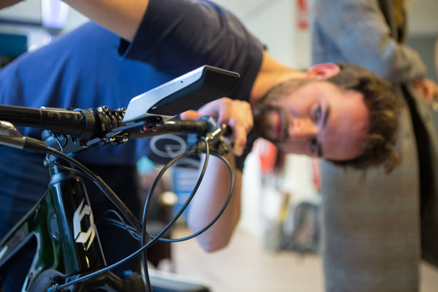 Absolute Cycling One - Smart Cycling Computer