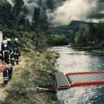 ACCESS : A Highly Portable Emergency River Crossing Platform