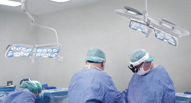Apollo Innovation in Surgical Illumination by ENTWURFREICH