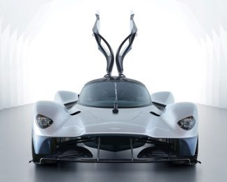 Aston Martin Valkyrie with Better Aerodynamic, Cockpit, and Body Styling