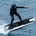 Awake RÄVIK Electric Surfboard Speeds Up to 30 Knots