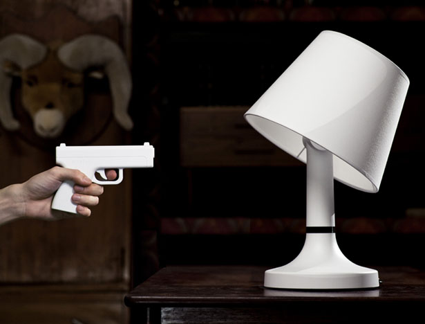 BANG! Desk Lamp : Turn This Lamp On/Off In An Interactive Way