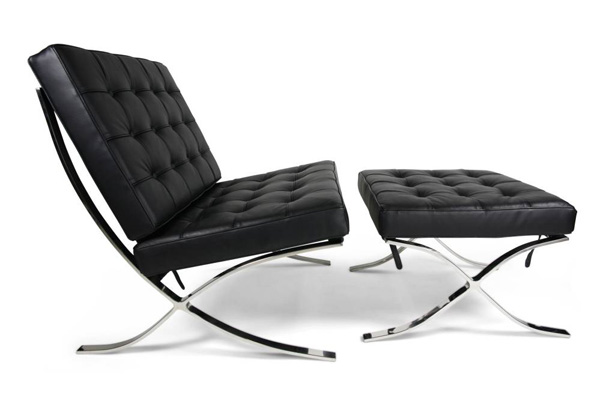 Guest post chairs in the bauhaus tuvie for Barcelona chaise longue