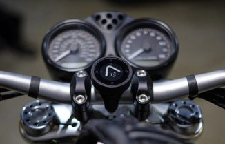 Beeline Moto Smart Navigation for Motorcycles with Super Long Battery Life