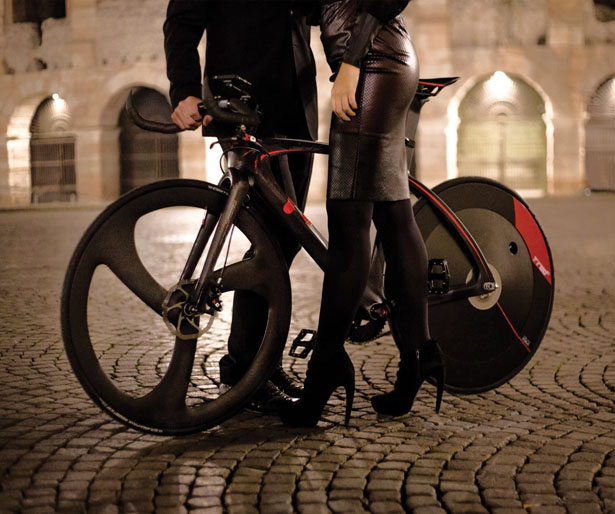 BestiaNera Hybrid Bike by Romolo Stanco for T°RED