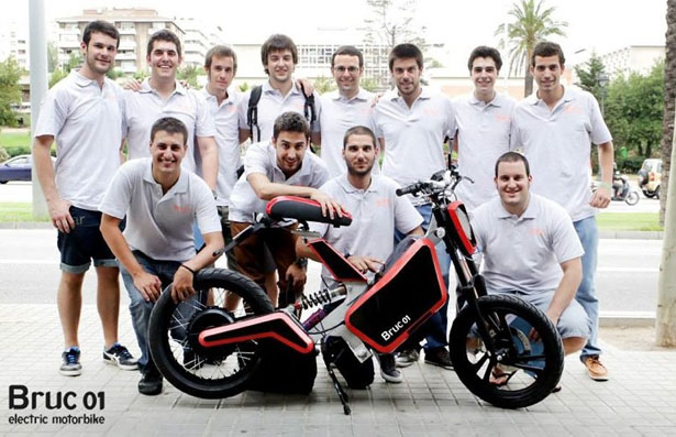 Compact Bruc 01 Electric Motorbike Concept for Urban Areas