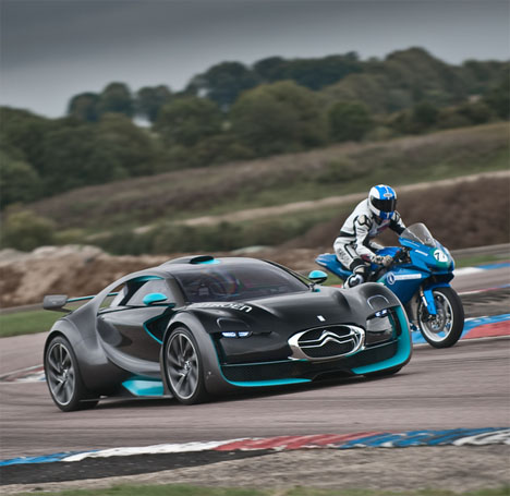 citroen survolt and agni z2 a breathtaking super car and racing bike duo2 Super Cars of the Future: Inspiring Future thinking in Car Design