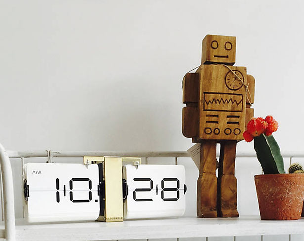 Cloudnola Flipping Out Clock By Bliss Product Design