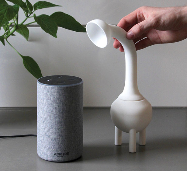 CounterBug - a Concept Device That Eases Your Digital Paranoia by Erlend Prendergast