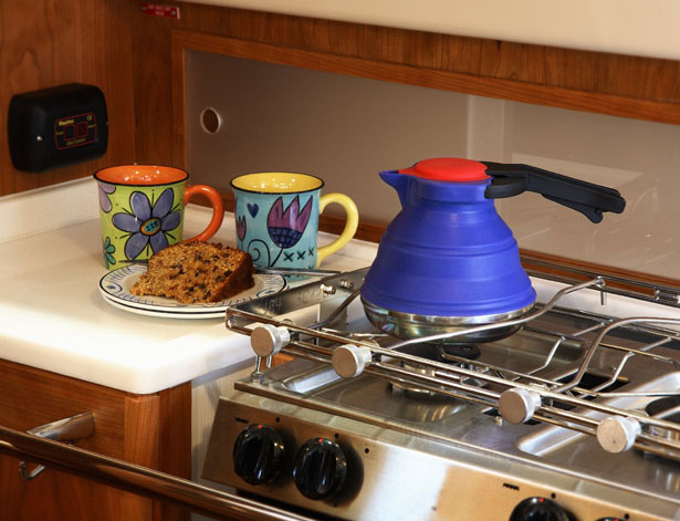 Cuissential SlickBoil: Collapsible Silicone Tea Kettle Fits Perfectly In Your Bag or Drawer