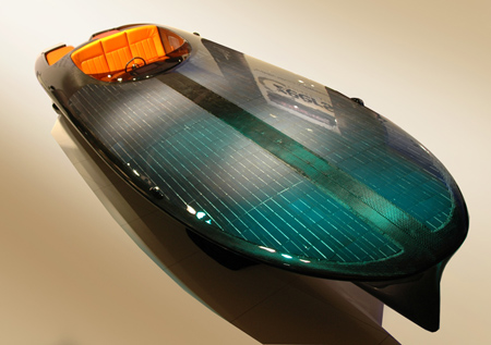 Czeers MK1 Solar-Powered Boat with Semi Custom Electrical Motor Can Hit 30 Knots