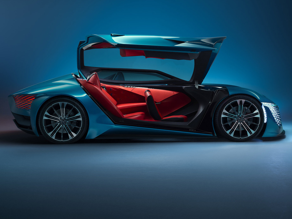 DS X E-TENSE Asymmetric Concept Car For The Year Of 2035