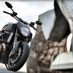 Ducati Diavel Dark : Badass Motorcycle for Batman