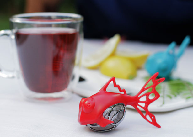 DunkFish Tea Infuser by Grant Bell