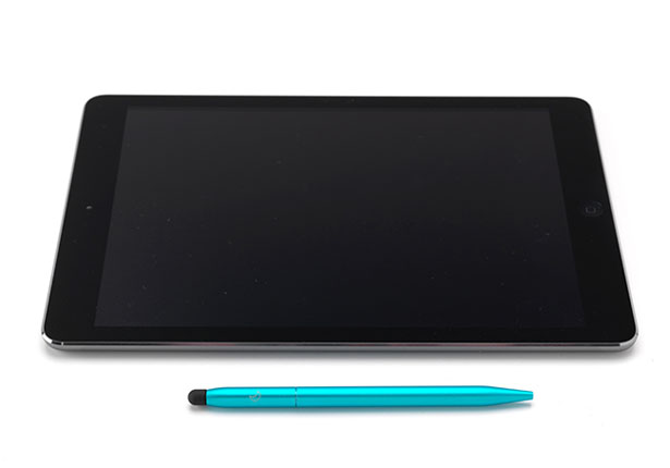 DUO : Everyday Ballpoint Pen and Stylus by 529 Studio