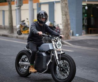eScrambler Offers Refreshing Take on Classic Tracker Motorcycles