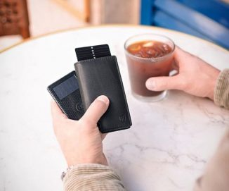 Ekster Solar Powered Tracker Card Helps to Locate Your Wallet from Your Smartphone