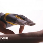 Essense Glove Reads Pulse, Temperature, and Blood Glucose Levels with Infrared