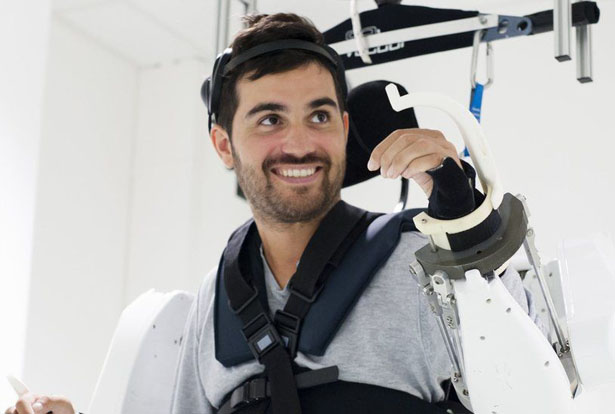 A Mind-Controlled Exoskeleton Suit Makes Paralyzed Man Walks Again by Lancet Neurology