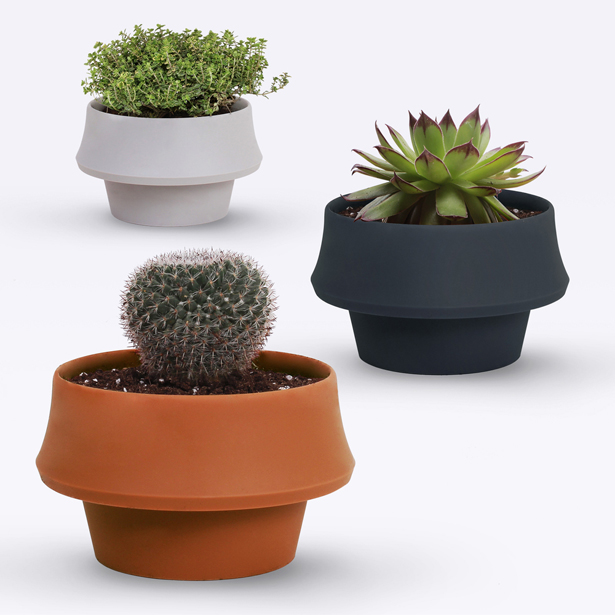 Fold Pot by Emanuele Pizzolorusso