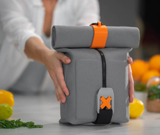 FoldEat - Cool, Portable Lunchbox Unfolds Into an Eating Mat Set