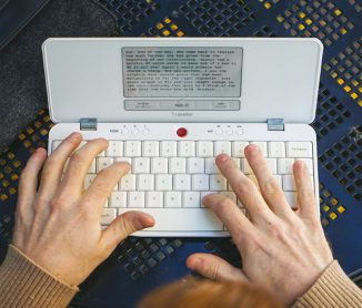 Freewrite Traveler : Distraction-Free Writing Tool to Help You Focus on Your Thoughts