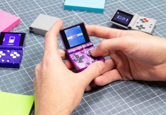 FunKey S – Tiny Foldable Handheld Console for Retrogames