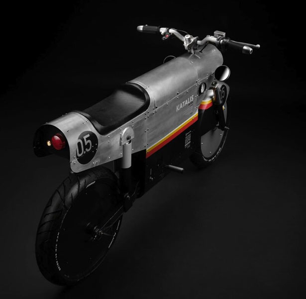 Futuristic Katalis EV.500 Electric Motocycle Features Military Style Design and Future Technology