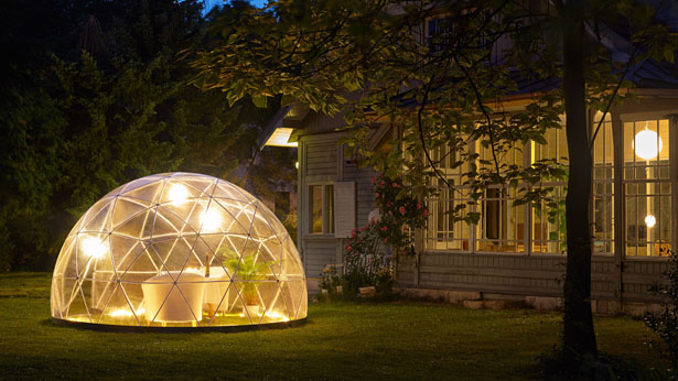 garden igloo 360 geodesic dome gives you comfortable outdoor living space tuvie. Black Bedroom Furniture Sets. Home Design Ideas