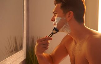 Gillette Heated Razor Warms Your Skin With Every Stroke Just Like a Warm Towel