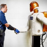 GM-Nasa Space Robot Power Glove Increases Human Operator Efficiency