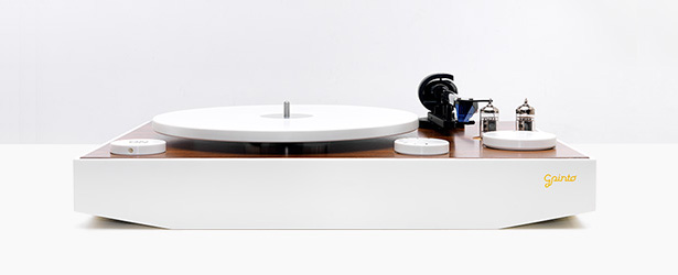 GPinto ON Plug and Play Turntable