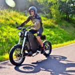 Gulas Pi1 Electric Bike Combines Bike's Interface with Motorcycle Power