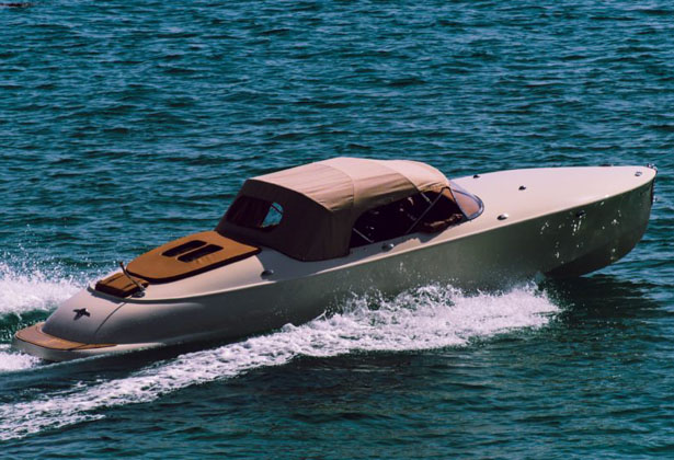 Hermes Speedster Classic Boat in Retro Style by Nick Boats
