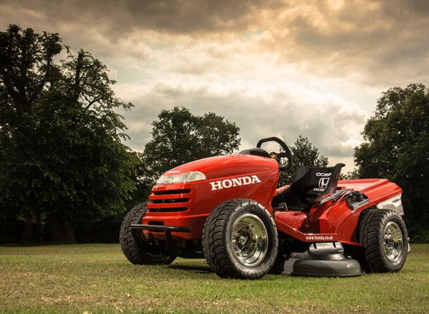 Honda HF2620 Lawn Tractor