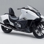 Futuristic Honda NM4 Vultus Concept Motorcycle with Adjustable Backrest