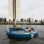 HotTug Allows You Sailing on Lake While Enjoying A Nice Hot Tub