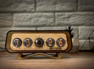 Retrofuturism In-4 Nixie Tubes Clock with Timer and Alarm