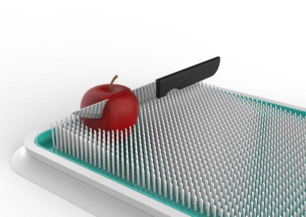 Jez : Vacuum Plastic Spread Board with Spikes by Snežana Jeremić