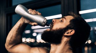 KEEGO: Squeezable Metal Bottle for Athletes