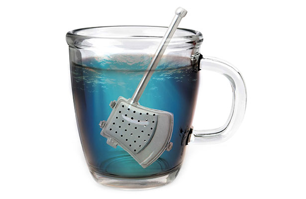 Kikkerland Fabled Axe Tea Infuser by Hong Min Kyu