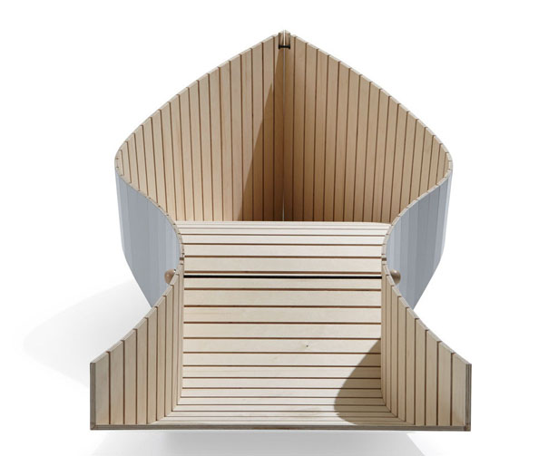 KOII Foldable Deckchair by Sascha Akkermann