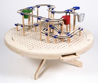 Labyrinth Educational Toy Teaches Children about Materials and Recycling