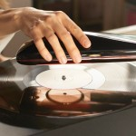 LOVE – World's First Intelligent Turntable Can Be Controlled Via App