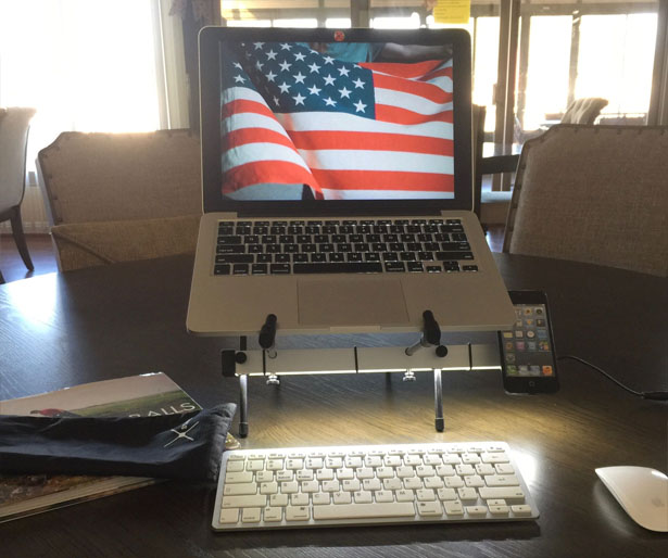 LumiXstand : Laptop Stand by Dale Rorabaugh