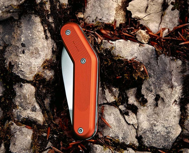 Malvaux Model Number 1 Knife Is Designed with Better Opening and Ergonomic Value