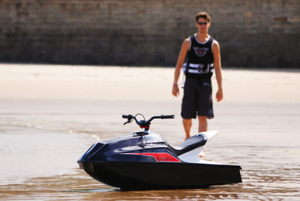 Manta 95R Personal Watercraft by Luke Leighton