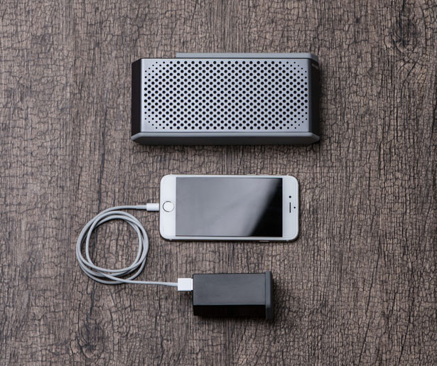 MAQE Soundjump Speaker by MAQEMORE